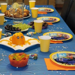 FINDING NEMO / DORY PARTY KIT PLUS